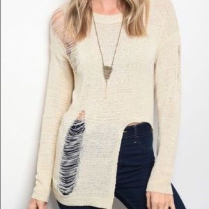 Sweaters - Edgy Ivory Light Sweater